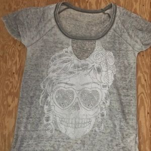 Aeropostale Distressed Skull Burn Out T-Shirt XS